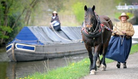 Horseboating with Sue Day